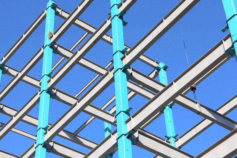 مقاطع HSS در ساختمان های اسکلت فلزی ساختمان اداری کارخانه فولاد گستر آتنا