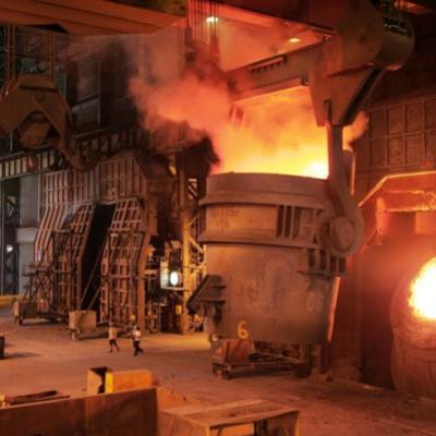 کاهش قیمت فولاد در تقابل چین و آمریکا